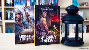 Spiżowy gniew Michał Gołkowski i Kiedy Bóg zasypia