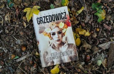 Księga jesiennych demonów